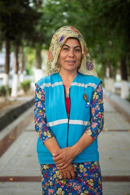 Aszchabad-turkmenistan-kobieta-muzulmanka-pismo-zdjecie