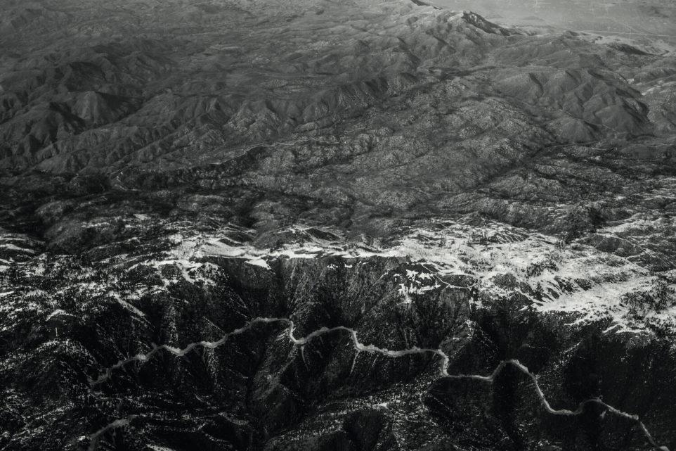 usa-przyroda-gory-krajobraz-snieg-rzeka-ameryka-zdjecie-pismo
