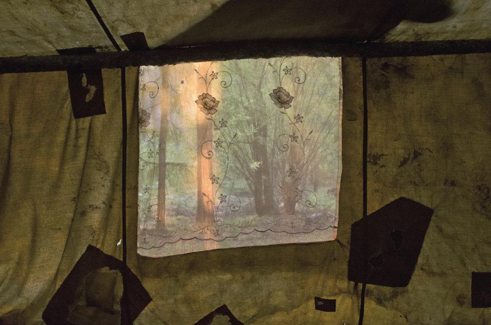 Sebian-Kiujol-namiot-las-rosja-jakucja-klimat-okno-pismo