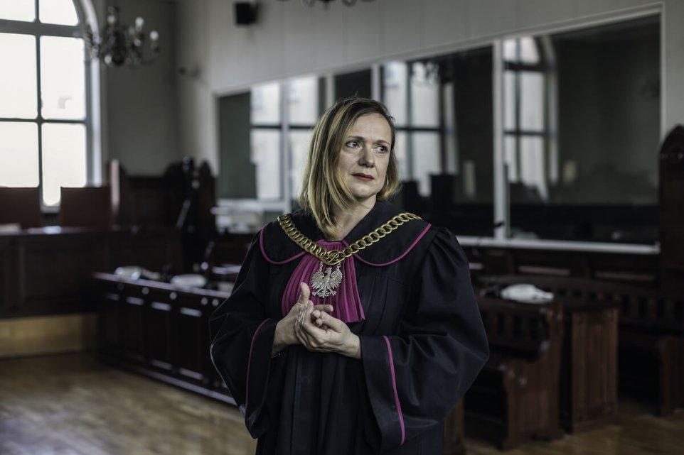 Sprawiedliwosc-Joanna-Hetnarowicz-Sikora-pismo-zdjecie-polska