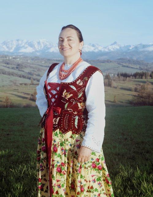 Pismo-zdjecie-gory-polska-ludowosc-klimat-kobieta